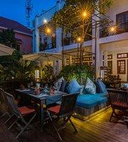 Apsara Centrepole Restaurant