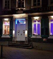 #wine Shop & Lounge