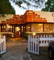Aromas Pizza Cafe