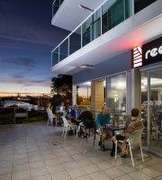 Reef Bar Grill