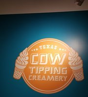 ‪Cow Tipping Creamery‬