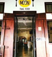 The Moon Thai Food