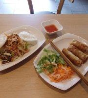Tavs Banh Mi Vietnamese Cafe