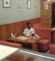 Zomsa Cafe