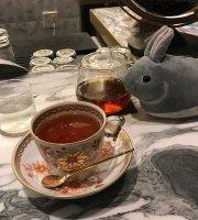 Luvond Tea Salon