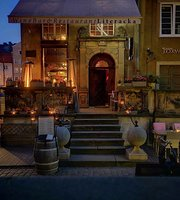 Wine Bar & Restaurant Literacka
