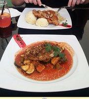 Smakomania Restaurant&Cafe