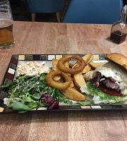 Harrison's Bar & Grill