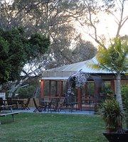 Artesian Gardens Restaurant