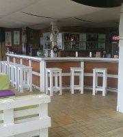 Pool Bar Fenix
