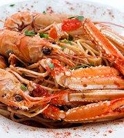 Sfyris Fish & Seafood Restaurant