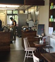 ‪The Holly Trail Cafe‬