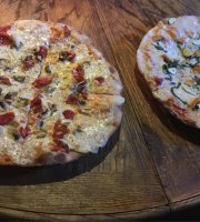 Woodfired Pizza - Papa Africa