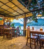 Sa Sa Bar and Restaurant