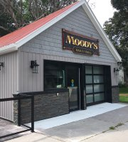 ‪Moody's Bar and Grill‬