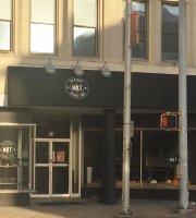 MKT The Market Bistro & Bar