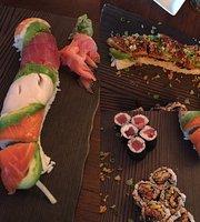 Kochi Sushi Bar & Hibachi