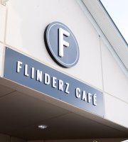 ‪Flinderz Cafe‬