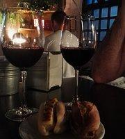 Vinomio bar & Botánico