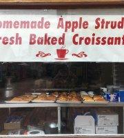 Gourmet Strudel & Cafe'