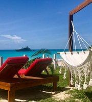 Rum Bus Beach