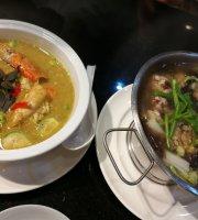 Maesriruen Authentic Thai Cuisine