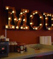 Mou's Original Bar B Que