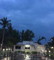 Siri Family Garden Restaurant