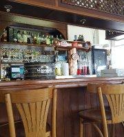 Metropolis Bar Cafe