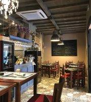 Ocho Wine Shop & Bistro