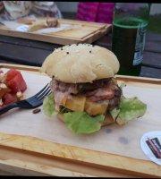 Burger Babes