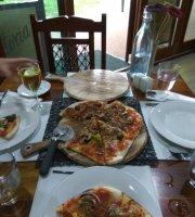 Eildon Woodfire Pizza