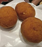 Toniada's Street Food