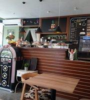 Little Joe Cafe & Grill