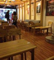 Minimo Coffee & Chill 12 Cầu Gỗ
