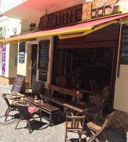 Ruine Cafe Bar