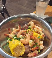 Pinch Boil House and Bia Bar
