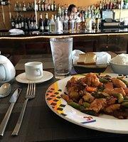 Lynon's Restaurant & Bar