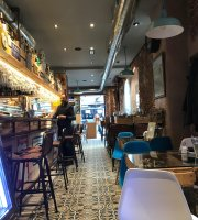Los 60 Gastro Bar
