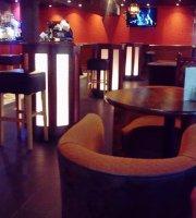 Medina Bar and Grill