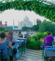 Saniya Palace Restaurant