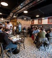 La Casera Café Restaurant