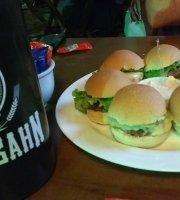 Tuga's Bar e Restaurante