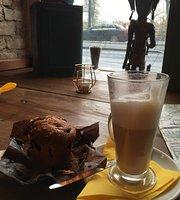 Cechov Absinthe Caffe