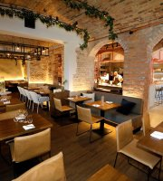FYR Bistronomi & Bar