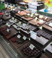 Alliot Patisserie Chocolaterie