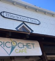 ‪Blackbird Inn and Ricochet Cafe‬