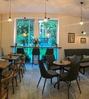 Deja vu - Cafe Bar, Ruzomberok