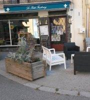 Le Petit Faubourg