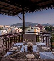 Vantage By Panna Vilas Restaurant & Lounge